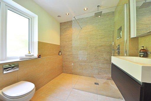 3-conseils-pour-nettoyer-sa-paroi-de-douche